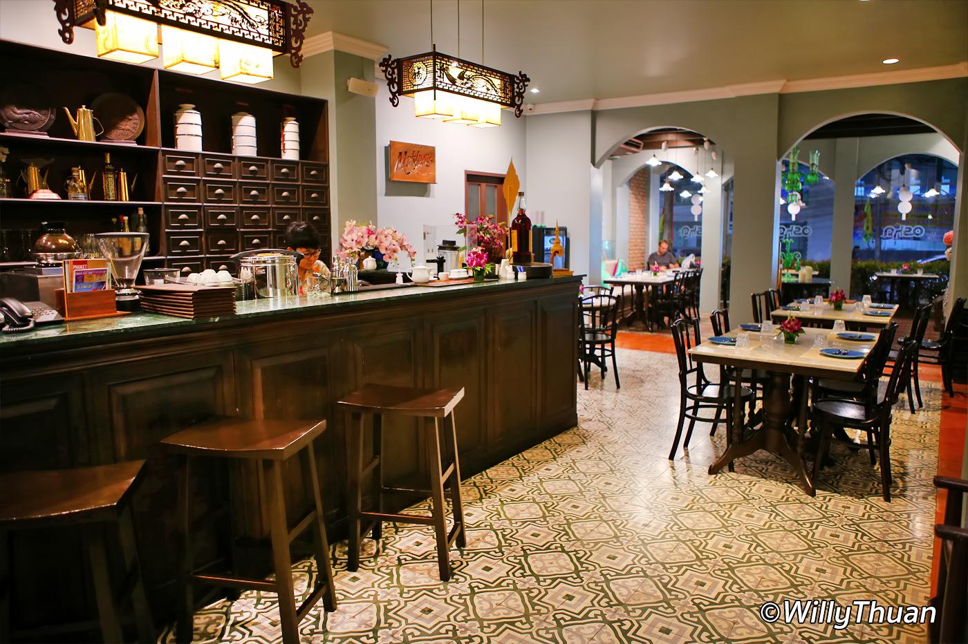 Osha Phuket Restaurant at On On Hotel