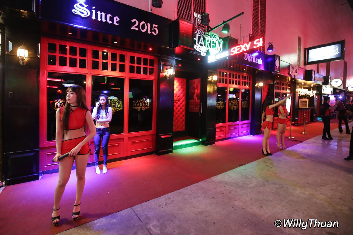 Harem A Go Go Bar in Patong Beach