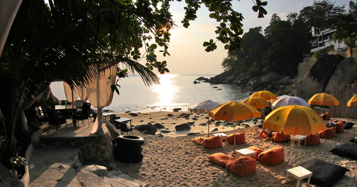 Iguana Beach Club