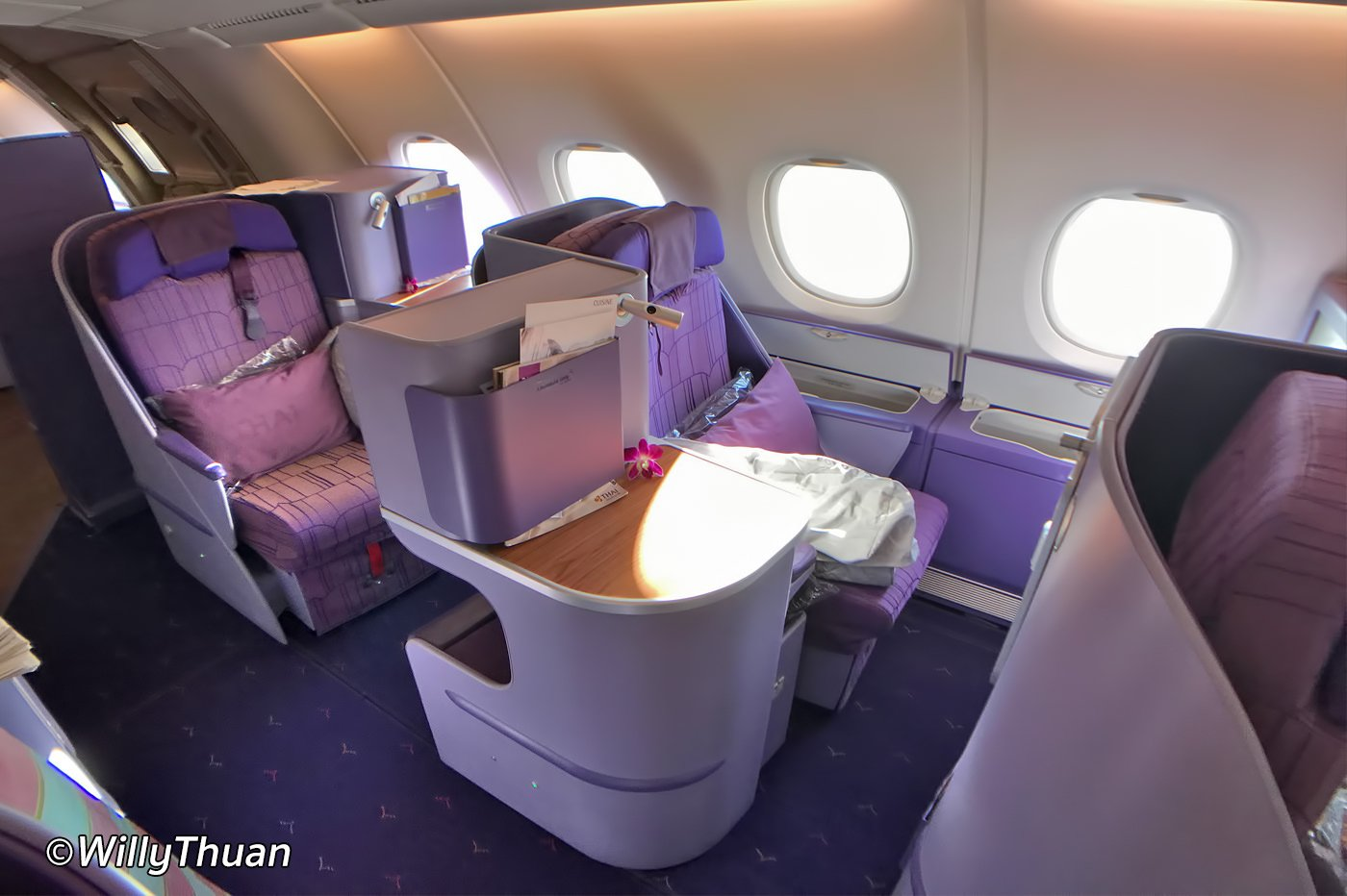 Flying Business Class on Thai Airways
