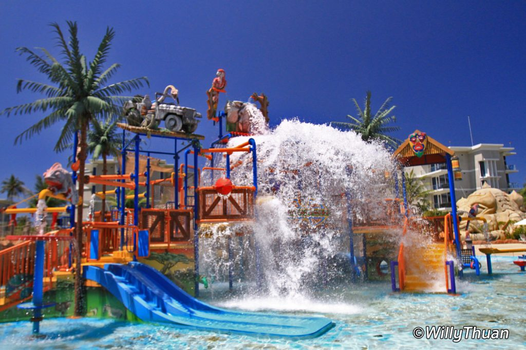 Young Kids pool at Splash Jungle WaterPark Phuket