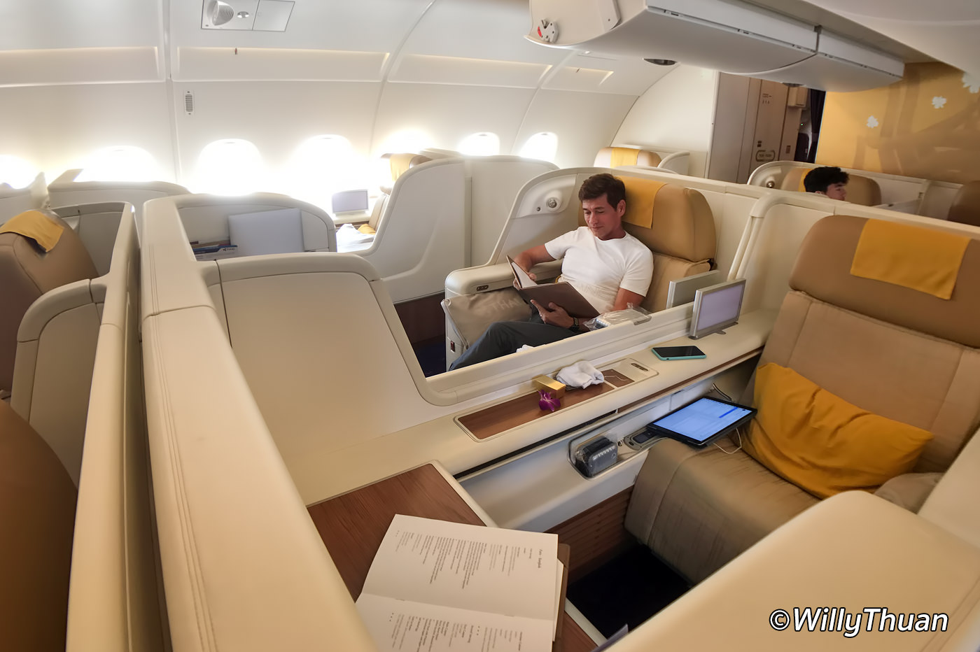 Thai Airways First Class – 1st Class on A380