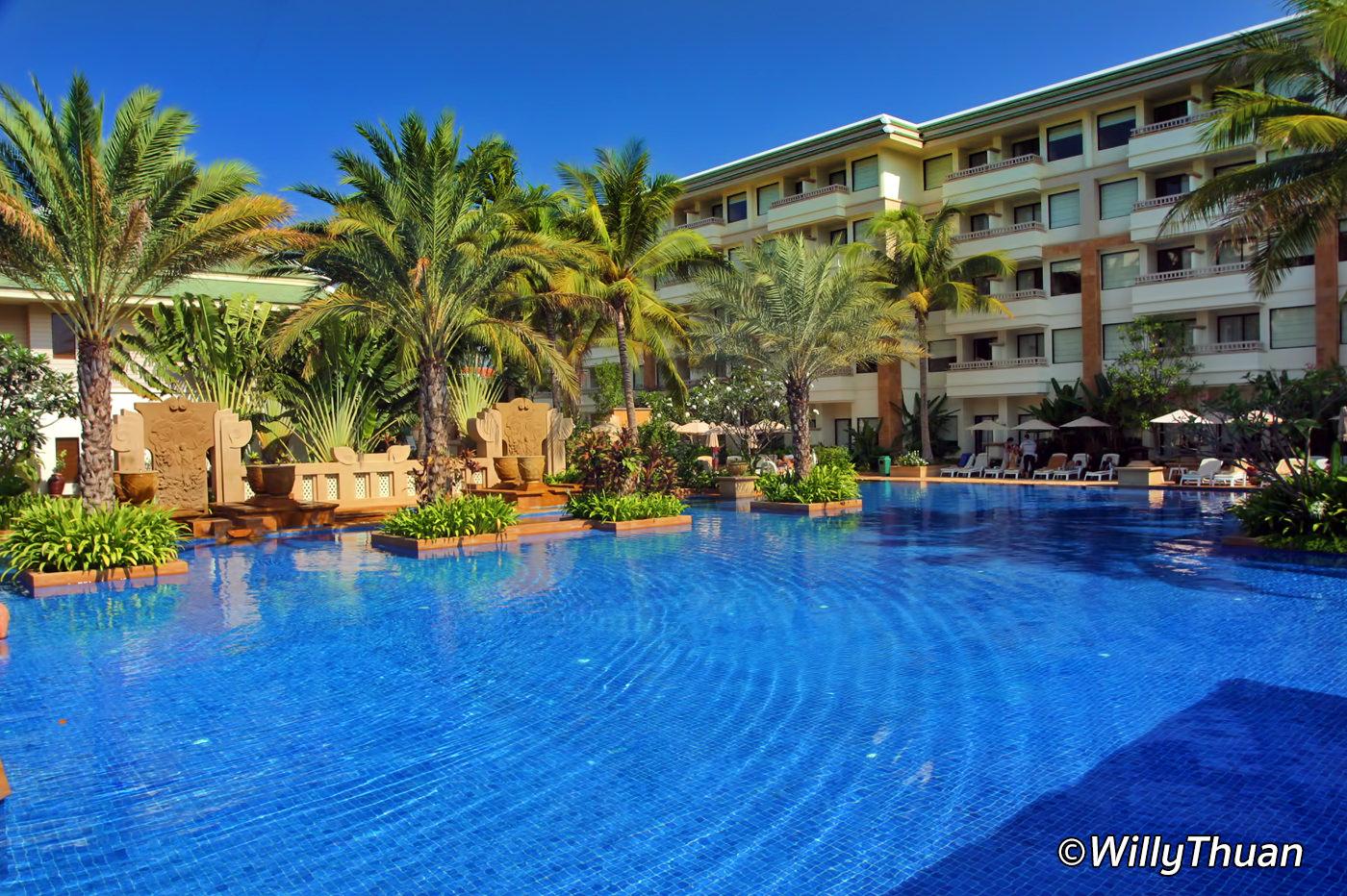 Holiday Inn Phuket Resort