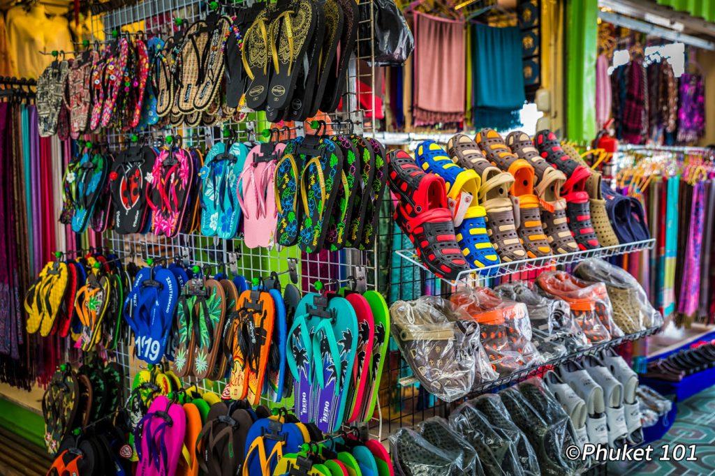 Shopping at Malin Plaza Night Market in Patong