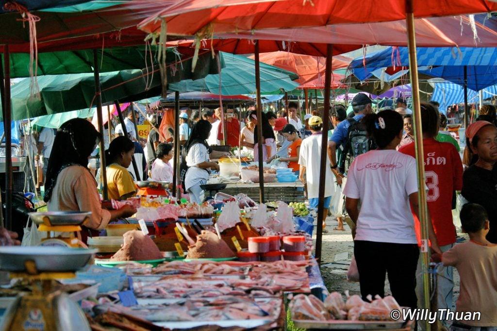 Kamal Beach Market