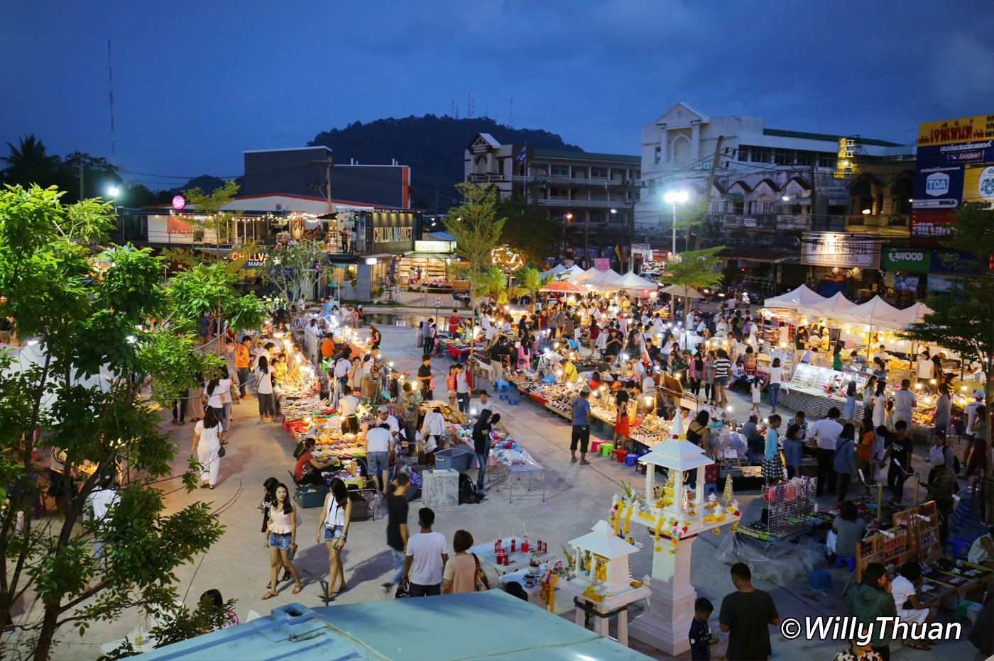 Chillva Night Market Phuket