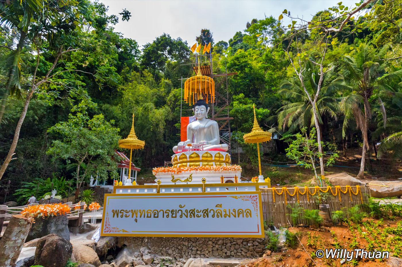 Kathu White Sitting Buddha