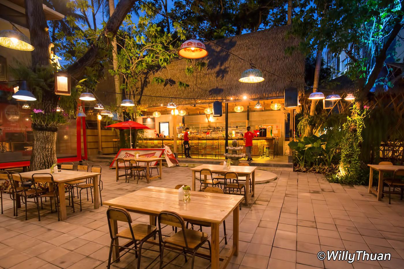 Naughty Nuri's Phuket Restaurant