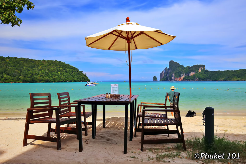 A restaurant on Loh Dalum Beach in Phi Phi Island