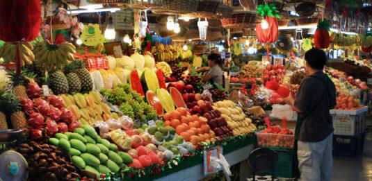 Banzaan Market in Patong