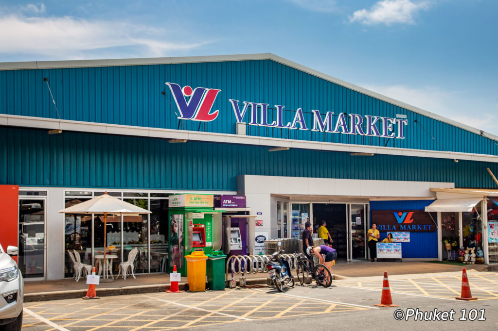 Villa Market at Boat Avenue in Bang Tao