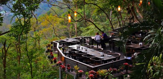 Khao Rang Breeze Restaurant Phuket