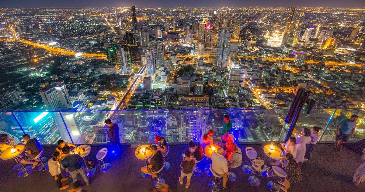 Mahanakorn Skywalk Rooftop Bar in Bangkok