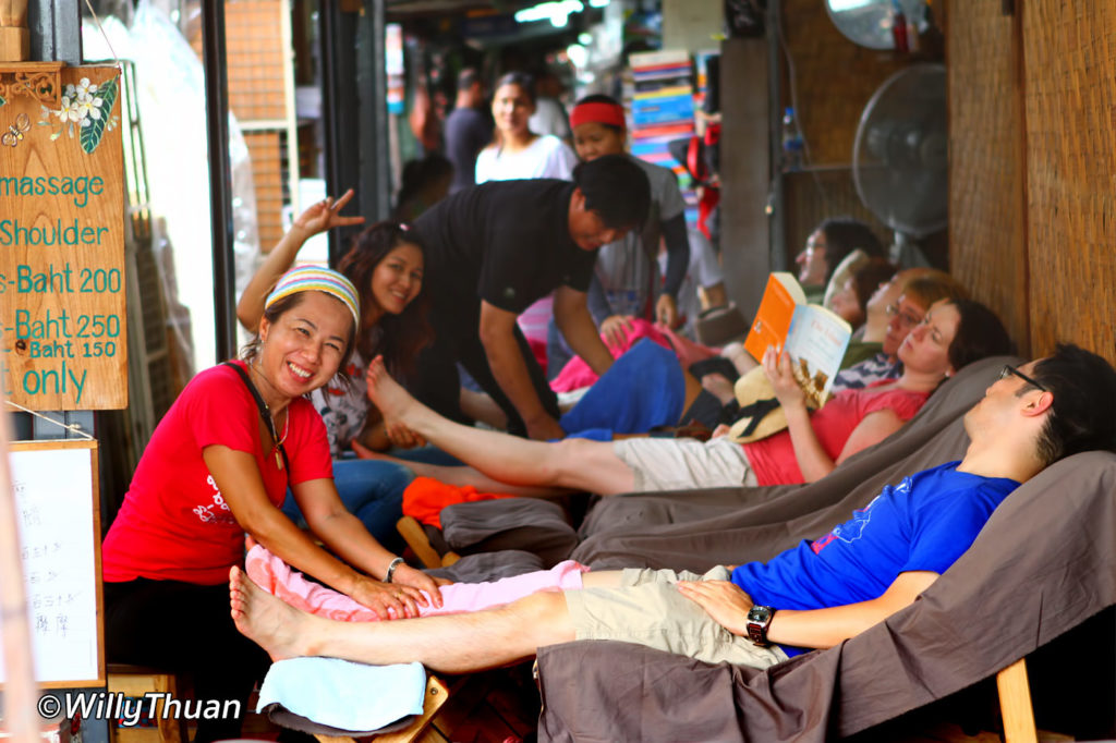 Foot massage at Chatuchak Bangkok