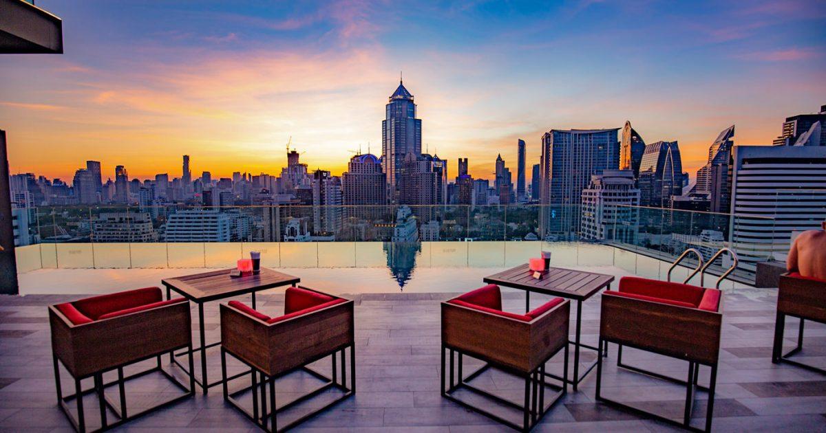 RedSquare Rooftop Bar at Novotel Bangkok Sukhumvit 4