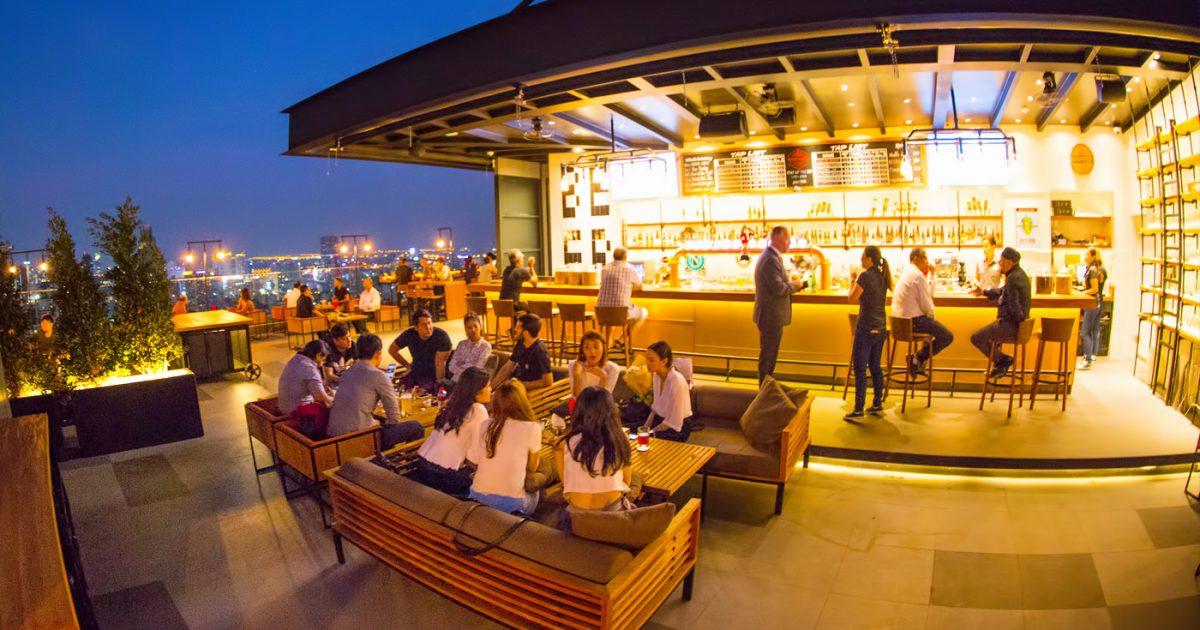Brewski Rooftop Bar at Radisson Blu Bangkok