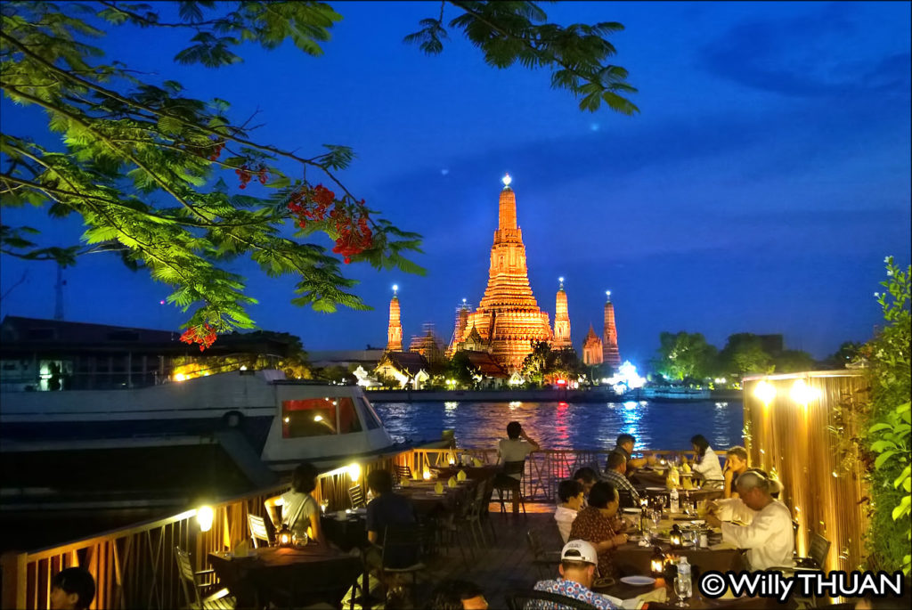 The temple of Dawn in Bangkok