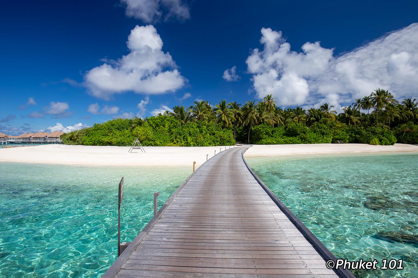 Como Maalifushi in the Maldives