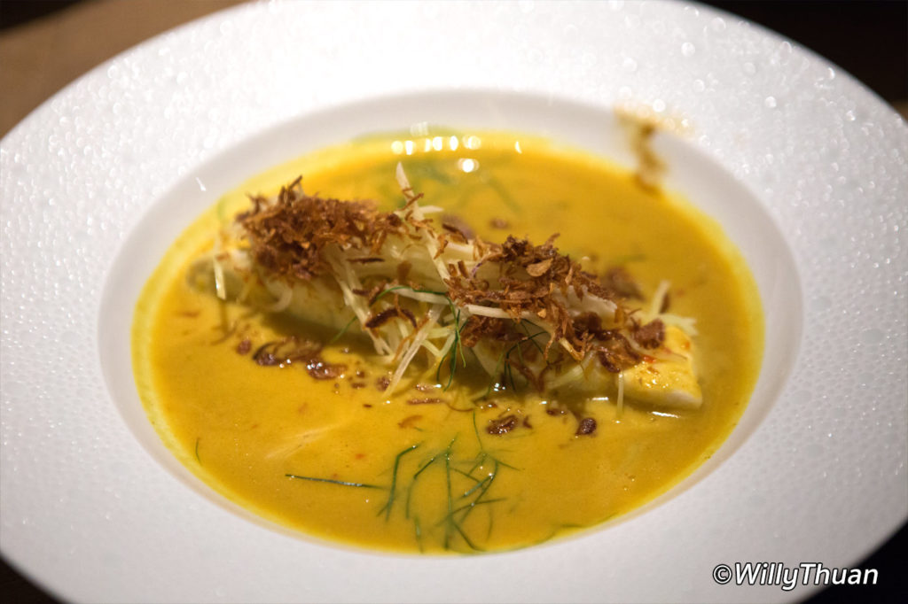 Steamed wild sea bass fillet with white turmeric, fennel &and lemongrass 'lon' sauce