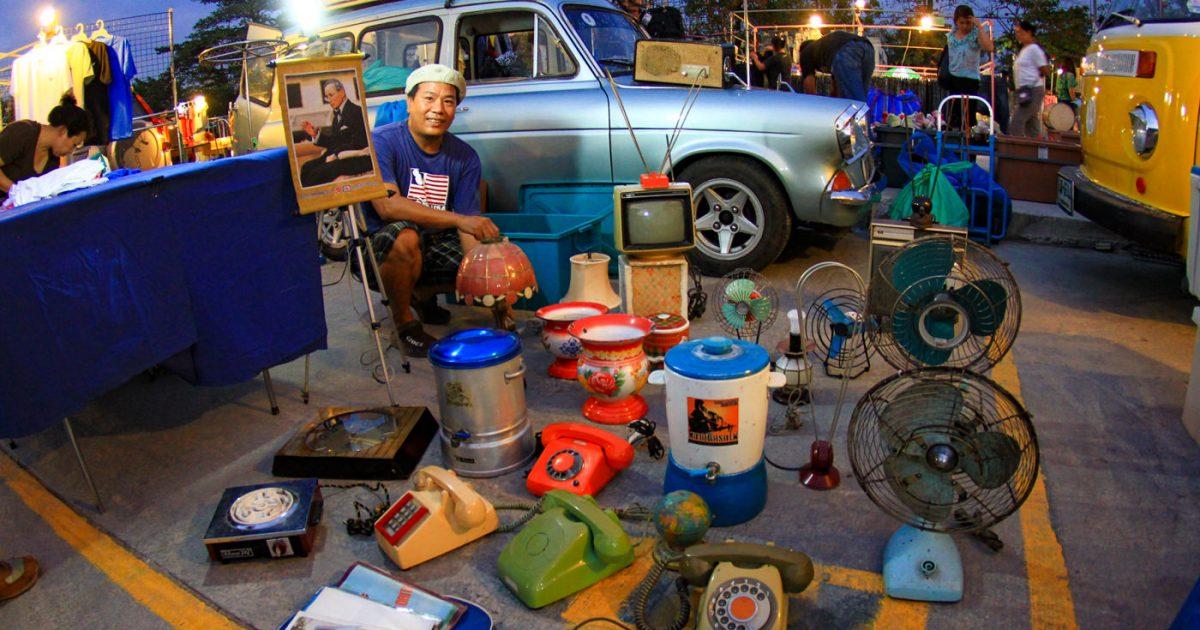 Rod Fai Night Market Bangkok