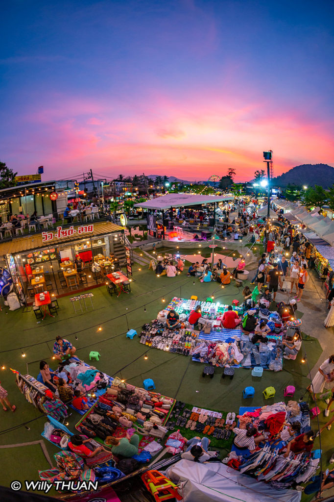 Chillva Night Market in Phuket