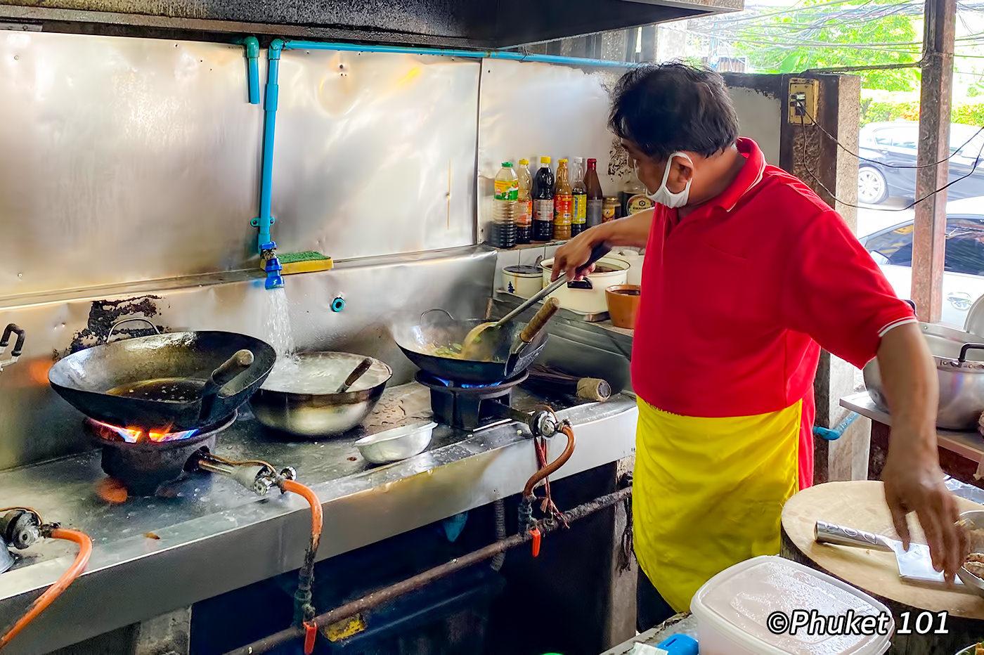 Jadjan Restaurant in Phuket Towm