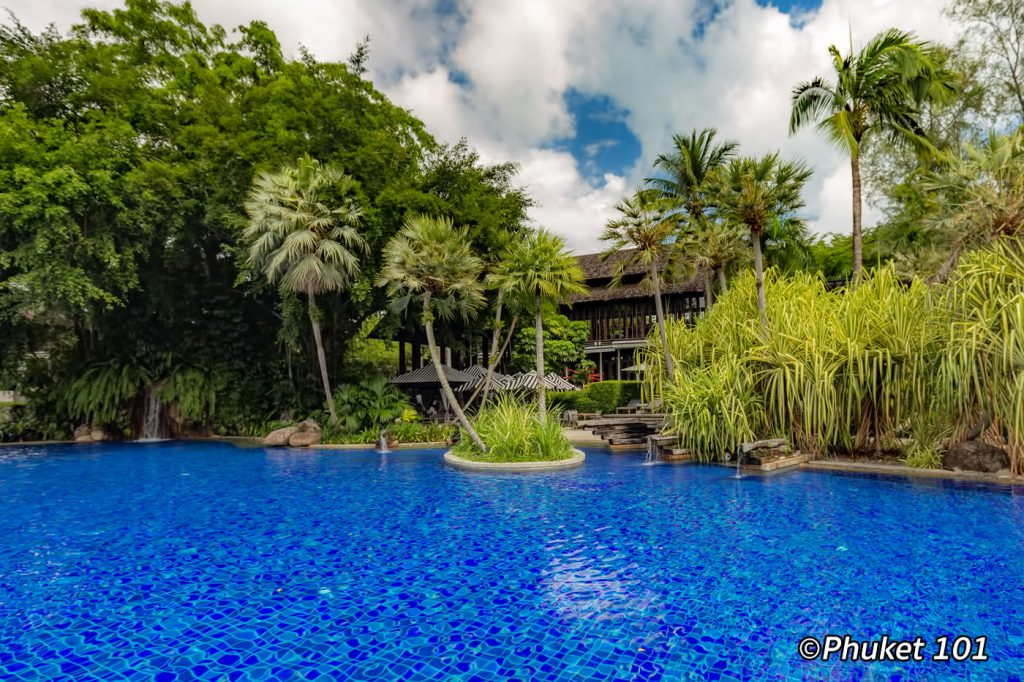 Hotels with large swimming pool in Phuket
