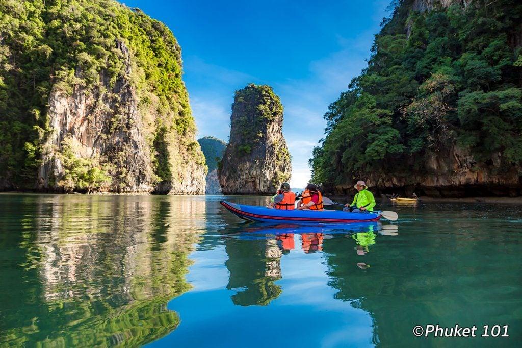 Kayaking in Hong Island in Phang Nga