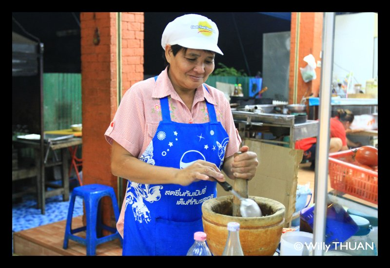 chan-pen-isan-restaurant-phuket