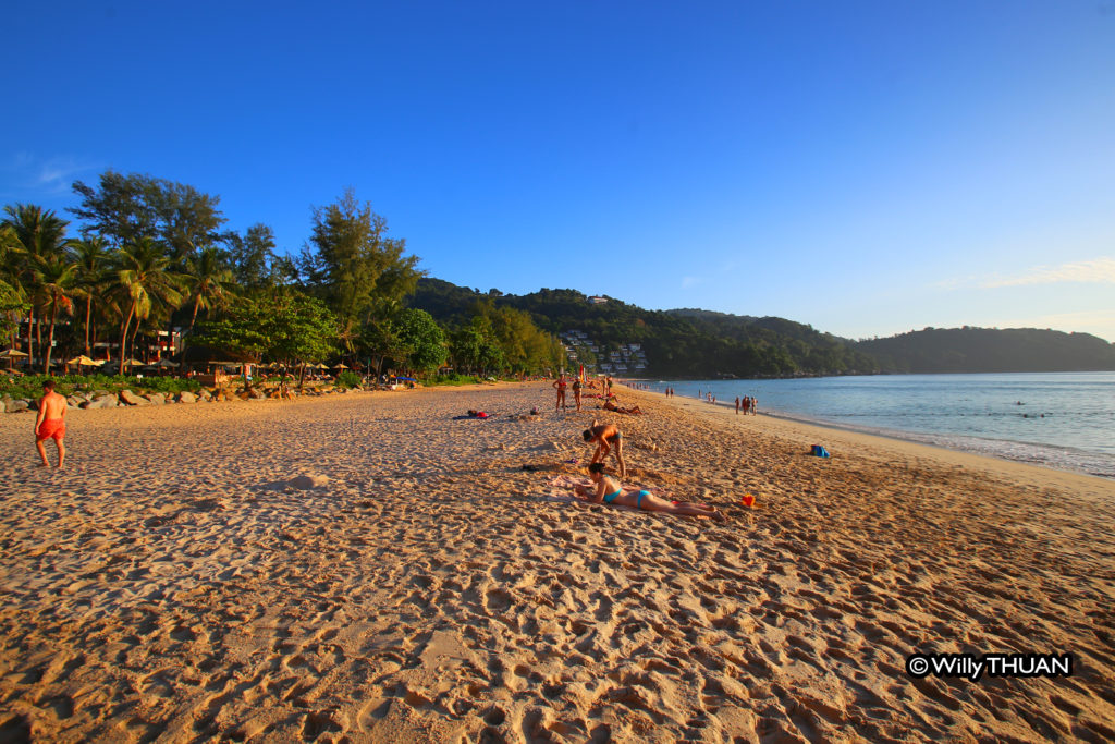 Kata Noi beach at the end of the day