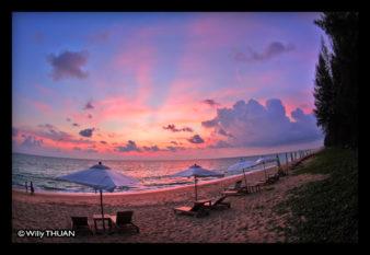 maikhao-dreams-sunset