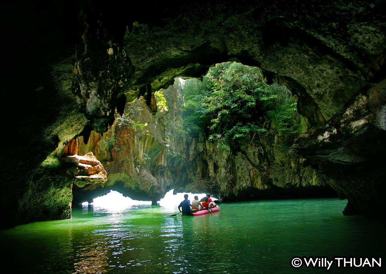 Phang Nga Bay Kayaking – John Gray Seacanoe