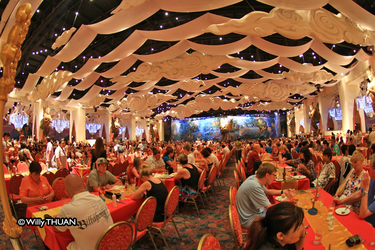 Phuket Fantasea - A night at Fantasea Phuket in Kamala - Phuket 101