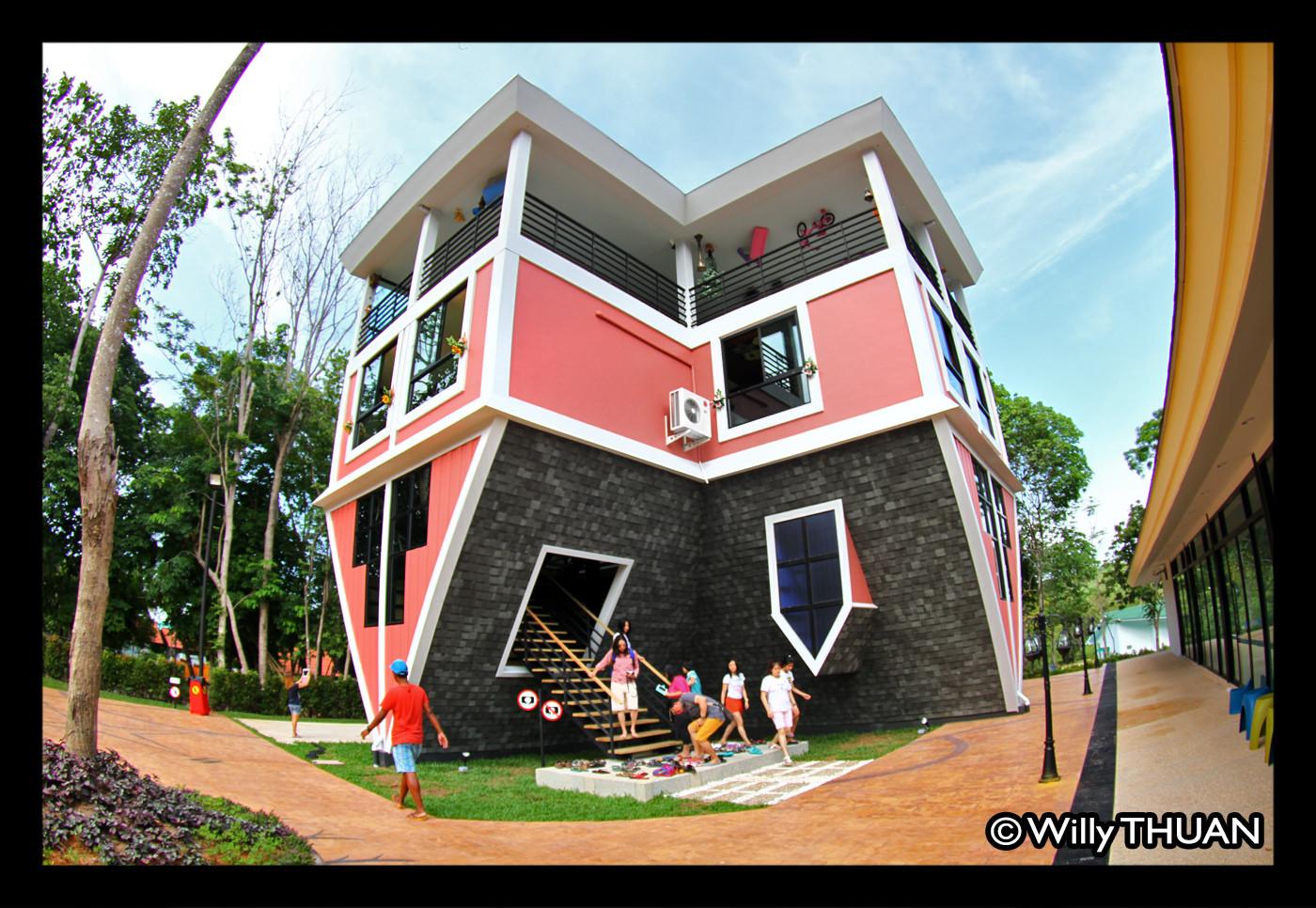 Phuket Upside Down House (Baan Teelanka)