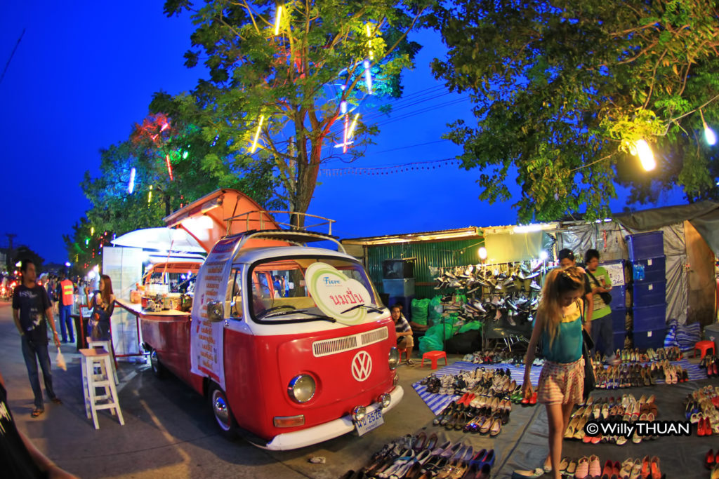 phuket-weekend-market-1