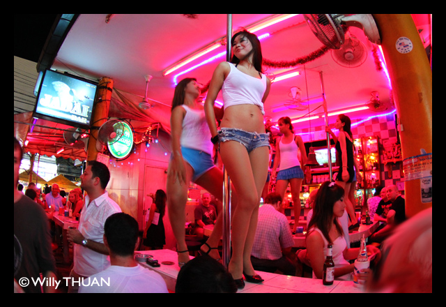 Soi Lion – Bangla Road – Phuket Nightlife