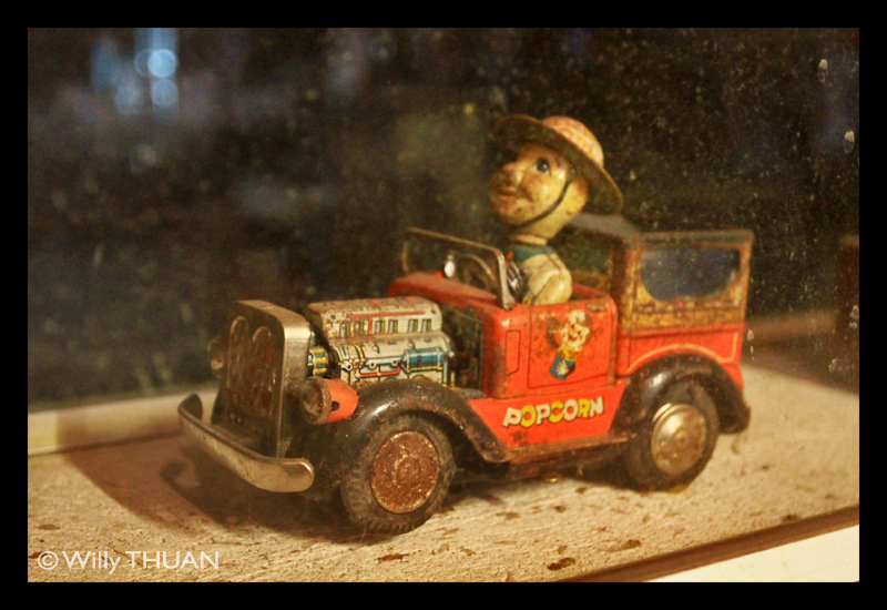 thavorn-museum-toys-3