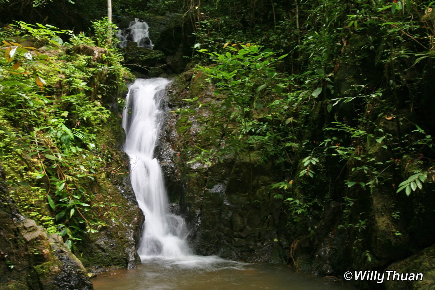 Tonsai Waterfall in Phuket